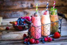 Recepty na smoothie: http://www.koule.cz/cs/clanky/co-si-doprat-na-jare-smoothie-recepty-zde-61997.shtml