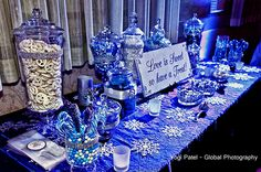 Winter Wonderland Themed Dessert Station courtesy Global Photography: Yogi Patel | For more inspiration visit www.shaadibelles.com