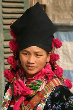 Northern Vietnam black H'mong by Retlaw Snellac, via Flickr