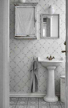 The wallpaper Ewa Blue - from Sandberg is a wallpaper with the dimensions x m. The wallpaper Ewa Blue - belongs to the popular wallpaper Bathroom Colors, Gustavian, Small Bathroom Decor, Framed Bathroom Mirror, Bathroom Curtains, Bathroom Decor, Bathroom Style, Bathroom Wallpaper, Bathroom Sets