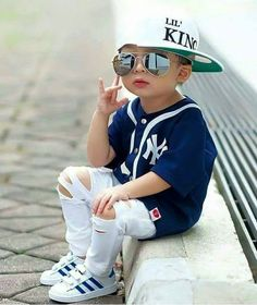 new ideas baby boy toys toddlers Baby Boy Dress, Baby Boy Swag, Cute Baby Girl, Little Boy Outfits, Baby Boy Outfits, Kids Outfits, Toddler Boy Fashion, Little Boy Fashion, Baby Boy Toys