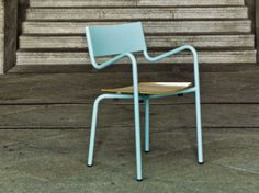 Stackable metal garden chair with armrests