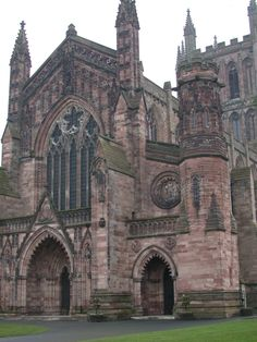 Hereford Cathedral Devonian sandstone Hereford Cathedral, Walled Garden, Architecture Details, Barcelona Cathedral, Christian, Google Search, Drawings, Building, Places
