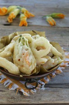 frittura di cipolle e fiori di zucca