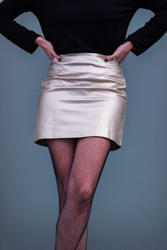 look metalizado falda dorada shein medias de rejilla fishnet tights