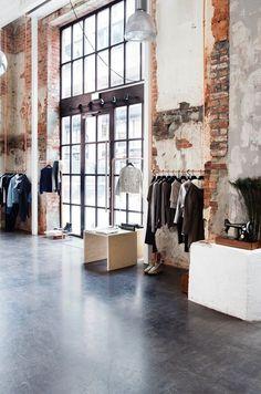 Läden: Store to watch: Mardou & Dean, Oslo Boutique Interior, Retail Interior Design, Retail Store Design, Retail Shop, Loft Store, K Store, Oslo, Loft Interiors, Store Interiors
