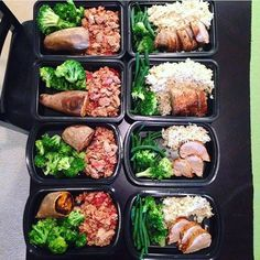 Prepping for 2 doesnt take much more effort than for 1! This fit couple @the_rachelw & @cmwilson82 have ground turkey with tomatoes sweet potato & broccoli and pork tenderloin rice green beans & broccoli for their lunches! - Build customized meal plans for 2 that automatically create combined grocery and cooking prep lists with @mealplanmagic! Start eating healthy together and make it easier to reach your goals! - ALL-IN-ONE TOOL & GUIDES - Build Custom Plans & Set Nutrition Goals BMR BMI…