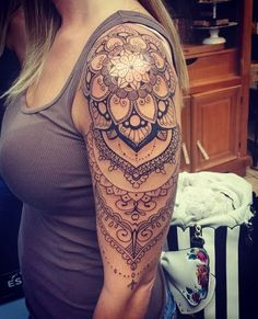 Quer fazer uma tattoo com o estilo indiano? Esta página contem as mais lindas tatuagens indianas para você marcar o seu corpo, seja no braço, costas, perna, mão, pé ou tornozelo.