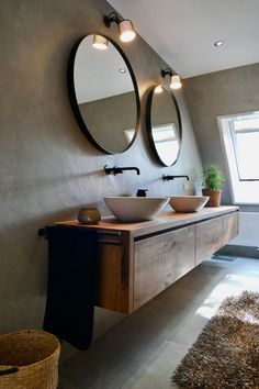 Bathroom Inspiration, Bathroom Design Luxury, Bathroom Interior, House Interior, Bathroom Decor, Interior, Dream Bathrooms, Round Mirror Bathroom, Home Decor