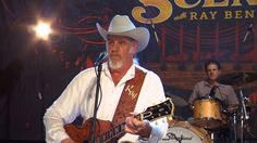"""Ray Benson Performs """"A Little Piece"""" on The Texas Music Scene"""