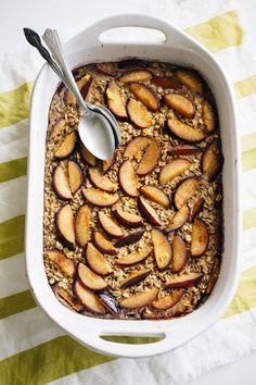 A delicious oatmeal baked filled with cinnamon, plums and orange zest!