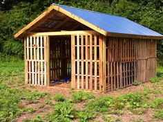 this is the pallet house we had...the goats love it