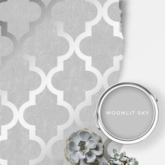 This Wallpaper is a stunning design that will create a statement in your home. Pair with the Johnstone's Moonlit Sky Paint for a modern finish. Best Gray Paint, Grey Paint, Silver Wallpaper, Love Wallpaper, Cozy Grey Living Room, Johnstones Paints, Trellis Wallpaper, Paint Matching, Trellis Pattern