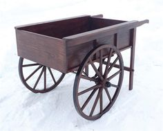 Amish Peddler's Cart Wagon & Wheelbarrow Collection This one-of-a-kind Peddler's Cart is handcrafted by expert Amish craftsmen in the heart of Pennsylvania& Rustic Wheelbarrows, Wooden Wheelbarrow, Wheelbarrow Handles, Vendor Cart, Amish Crafts, Wooden Cart, Flower Cart, Diy Bird Feeder, Modern Sideboard