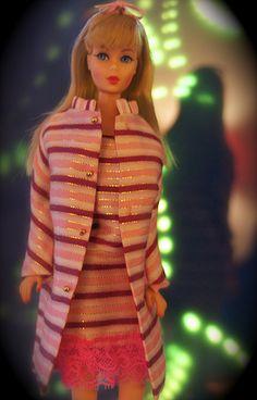 Barbie - Twist n' Turn Barbie - Blonde