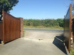 Arch top timber gate fitted with automated electromechanical rams installed by us in North Yorkshire Timber Gates, North Yorkshire, Fence, Colorado, Arch, Outdoor Decor, Wooden Gates, Bow, Wood Gates