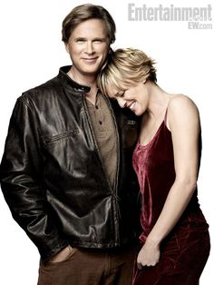 Cary Elwes and Robin Wright-Penn, 24 years after Princess Bride. Love it.