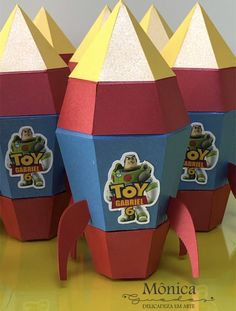 Birthday Giveaways For Kids, Cumple Toy Story, Toy Store, Toys, Animals, Home Decor, Birthday Box, Crates, Activity Toys