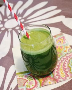 Quick, healthy juice and smoothie recipes: Coconut-Kale-Ginger Juice. It has good-for-you ingredients like apples and kale; is rich in natural sugars tokeep your energy levels consistent; and is packed with vitamins A, C, and K. Coconut Smoothie, Juice Smoothie, Smoothie Drinks, Smoothie Recipes, Vitamix Recipes, Canning Recipes, Detox Drinks, Healthy Juices, Healthy Smoothies