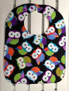 Owl Mealtime and Feeding Bib by penandthimble on Etsy https://www.etsy.com/listing/222705984/owl-mealtime-and-feeding-bib