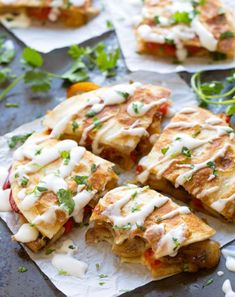 Cajun Delicacies Is A Lot More Than Just Yet Another Food Smoked Gouda Mushroom Quesadilla - These Veggie-Packed Munchies Are The Perfect Summer Meal Mexican Food Recipes, Vegetarian Recipes, Dinner Recipes, Cooking Recipes, Healthy Recipes, Vegetarian Lunch, Healthy Fast Food Breakfast, Nutritious Breakfast, 15 Minute Dinners