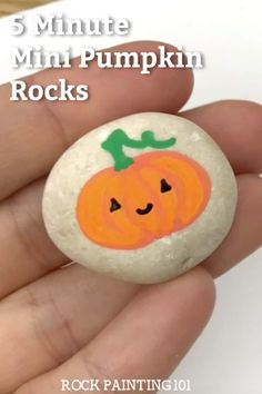 These simple pumpkin rocks are quick to create and perfect for decorating this fall. Use them to spread kindness or to decorate your Thanksgiving table. Rock Painting Ideas Easy, Rock Painting Designs, Painting For Kids, Paint Ideas, Rock Crafts, Fall Crafts, Crafts For Kids, Halloween Rocks, Halloween Gifts