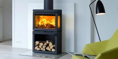 Great Totally Free jotul Wood Stove Ideas While lumber is regarded as the eco-friendly heat strategy, the idea certainly not seems to be talked over aro. Stove Fireplace, Diy Fireplace, Fireplace Design, Fireplaces, Freestanding Fireplace, Sherwood Forest, Wood Burning Fires, Modern Pictures, Wood Storage