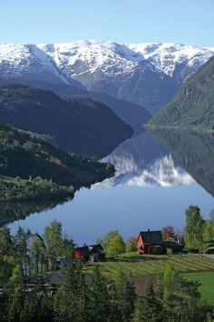 Ulvik, Norway at the Brakanes hotel Photo: R. Kager