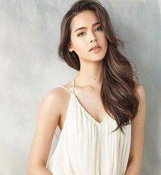 Urassaya Sperbund – Full gallery at our website. Beautiful People, Most Beautiful, Beautiful Women, Mixed Girls, Le Jolie, Sexy Girl, Pattaya, Belleza Natural, Models