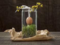 Tutorial DIY: Zrób ozdobę na wielkanocny stół ze słoika, rzeżuchy i jajka przez DaWanda.com