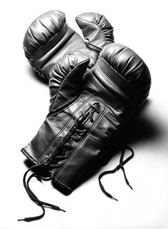 Boxing Photograph - Boxing Gloves In Black Andwhite by Rebecca Brittain Boxing Tattoos, Boxing Gloves Tattoo, Kick Boxing Girl, Workout Videos For Women, Boxing Workout, Boxing Boxing, Black And White Portraits, Eye Art, White Aesthetic