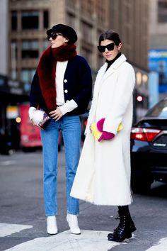 New York Fashion Week Street Style Day 7 Fall 2017 - The Impression Ny Fashion Week, New York Fashion Week Street Style, Autumn Street Style, New York Street, Cool Street Fashion, Street Style Looks, Street Chic, Nyfw Street, Fashion Advice