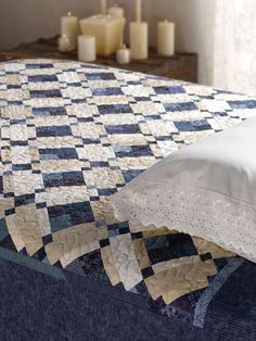 Quilting - Bed Quilt Patterns - Scrap Quilt Patterns - Blueberries & Cream (e-PatternsCentral.com)