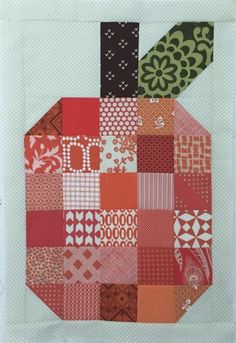 This Patchwork Pumpkin Mini Quilt Tutorial is only one of the many tutorials available on AccuQuilt.com.