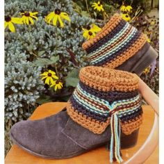 OneLoopShy Designs Patterns - Swift Kick Short Boot Cuffs Pattern.  May make this for shows this year.