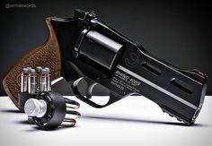 Manufacturer: Chiappa Firearms Mod. Rhino 40 DS Type - Tipo: Revolver Caliber - Calibre: 357 Magnum Capacity - Capacidade: 6 Shot Barrel length - Comp.Cano: 4 Weight - Peso: 850...
