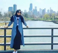 ImageFind images and videos about hijab, fashion hijab and style hijab on We Hea. ImageFind images and videos about hijab, fashion hijab and style hijab on We Heart It – the app t Hijab Style Dress, Modest Fashion Hijab, Casual Hijab Outfit, Hijab Chic, Skirt Fashion, Fashion Outfits, Islamic Fashion, Muslim Fashion, Hijab Fashionista