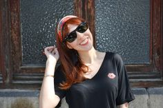 Little Black Dress Sport Mi vida en Rojo con medias de rejilla ~ Mi Vida en Rojo