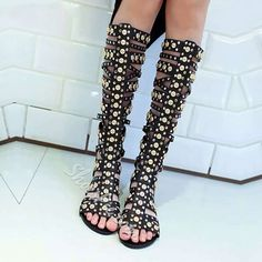Shoespie Black Rivets Cutout Flat Sandals (SPU:#12898293)