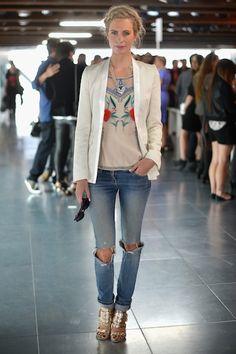 0918-poppy-delavigne-london-fashion-week_fa.jpg