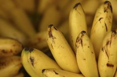 How to Keep Bananas Fresh Longer