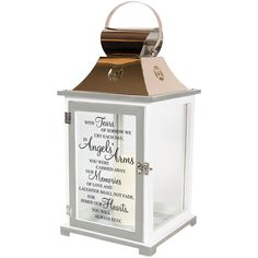 Our Memorial Lantern - Family Tree is the perfect sympathy gift to bring to light to the darkness of losing a loved one. It is made from quality composite wood and a stainless steel copper finish top.