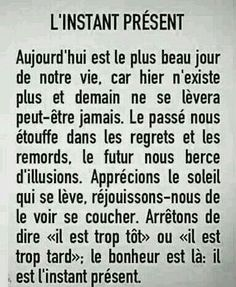 les plus beaux proverbes Description L'instant Citation Silence, Silence Quotes, Favorite Quotes, Best Quotes, Words Quotes, Life Quotes, French Expressions, Positive Inspiration, French Quotes