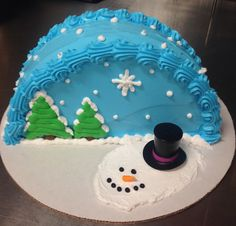Festive cake for your next holiday party! It's a Winter Wonderland! Christmas Cupcake Cake, Christmas Cake Designs, Christmas Sweets, Holiday Cakes, Holiday Treats, Xmas Cakes, Christmas Snowman, Cake Decorating Tips, Cookie Decorating