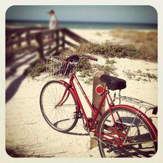 """Rosso Bicicletta"" ⚓ Coastal Living ⚓ Beach Cottage Life ⚓ Seaside ⚓ René Marie via instagram/ ReneMarieHome"