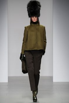 Daks Fall 2014 Ready-to-Wear Fashion Show - Irina Kulikova