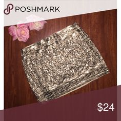 ✨Express Sequined Skirt✨ Make a statement in this beautiful Express skirt! 💖 Perfect for a night out! SAME OR NEXT DAY SHIPPING!!! 💫🛍📦 Express Skirts Mini