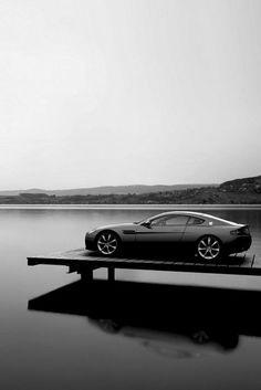 Marcha más Aston Martin Vantage supercars coches rápidos