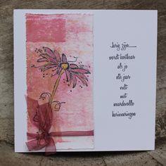 Een paar verjaardags kaartjes gemaakt !         Eerst een achtergrond gemaakt met behulp van de Gelly Plate.   Daarna met watervaste inkt ... Cute Cards, Diy Cards, Handmade Cards, Sympathy Cards, Greeting Cards, Birthday Cards, Happy Birthday, Crazy Bird, Distress Ink