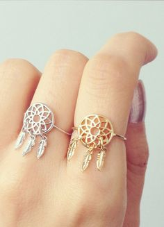 Dreamcatcher ring - the gold one 😍 Cute Jewelry, Gold Jewelry, Jewelry Box, Jewelry Rings, Jewelry Accessories, Fashion Accessories, Fashion Jewelry, Gypsy Fashion, Boho Rings